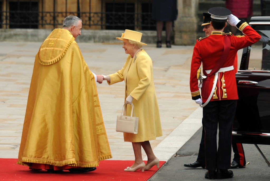 queen elizabeth royal wedding lemon yellow dress